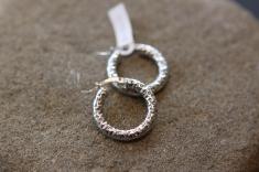 Naušnice 'Rebrasti ring', 679,50 kn / 91 Eur